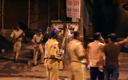 mumbai_attacks_vinu_image01-crop